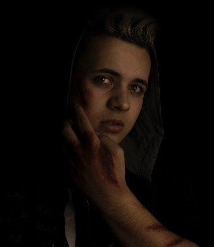 צעירות בטיקטוק שמתחזות לקורבנות בשואה